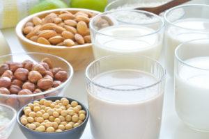 ¿Cuánto tiempo puedo guardar mi leche vegetal casera?